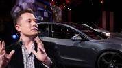 Elon Musk'tan Model 3 hakkında beklenen açıklama