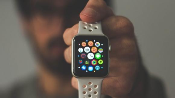 Apple Watch'un pil ömrünü uzatma taktikleri